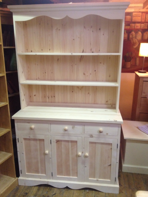 With A Cut Out Pelmet This Dresser Has Very Traditional Look